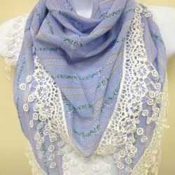 Scarve - Triangle  with Lace Trim/Blue