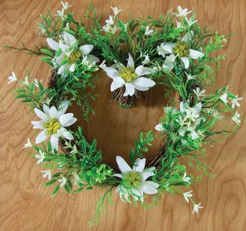 Heart-shaped Wreath with artificial Edelweiss
