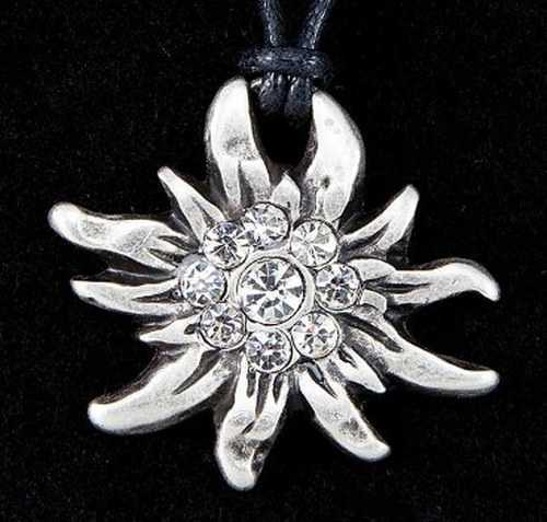 Edelweiss Necklace with 9 stones